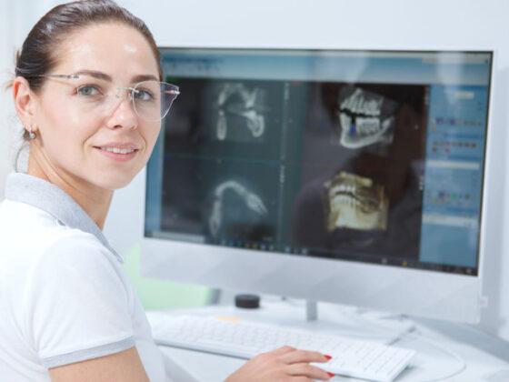 En Clínica dental Naves utilizamos las impresiones digitales en nuestros tratamientos de implantes dentales en Oviedo